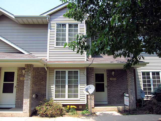 1809 Earl Rd Iowa City - SOLD by Cardinal Realty